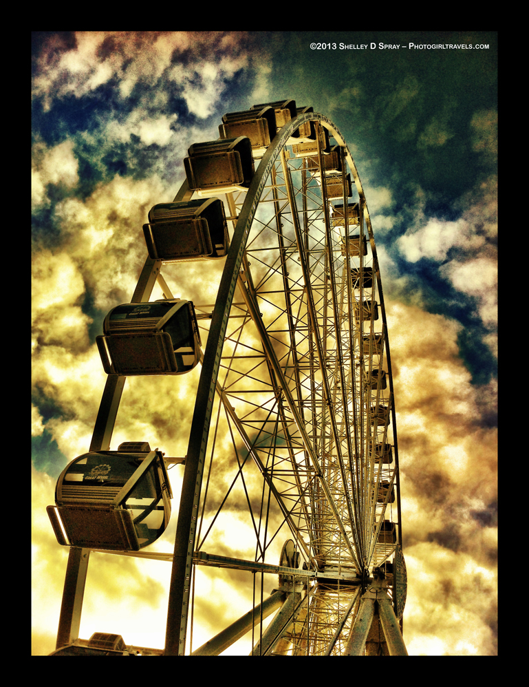 PhotogirlTravels_FerrisWheel_1_B