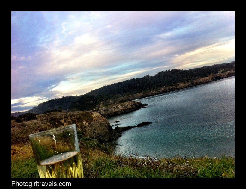 Photo Girl Travels Mendocino trails 3