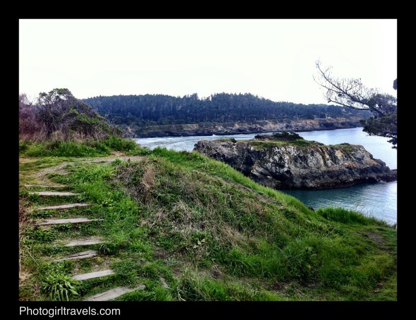 Photo Girl Travels Mendocino trails 7